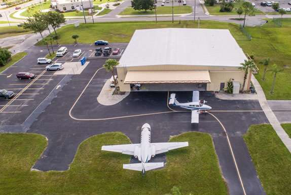 Kissimmee airport